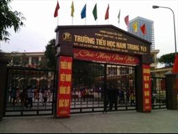 18 giáo viên tố cáo Hiệu trưởng trường Nam Trung Yên