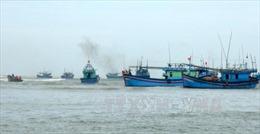 Tàu cá của ngư dân bị mắc kẹt đã có thể ra khơi