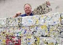 Biến rác thải đại dương thành gạch xây nhà