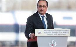 Lính bắn tỉa bảo vệ Tổng thống Pháp vô tình cướp cò bắn hai người