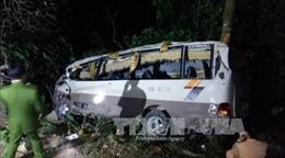 Xe khách lao xuống vực ở Lào Cai: Ít nhất 1 người tử vong, 9 người bị thương nặng