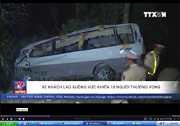 Clip hiện trường vụ xe khách lao xuống vực tại Lào Cai