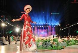 Duyên dáng Áo dài Thành phố Hồ Chí Minh