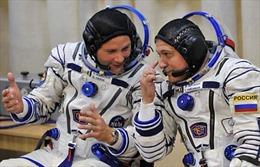 Nga tuyển phi công vũ trụ chinh phục Mặt Trăng