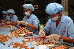 Bến Tre ưu tiên phát triển đặc sản cơm dừa nạo sấy, sữa dừa