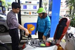 Gỡ 'nút thắt' để nhân rộng tiện ích trạm xăng tự phục vụ