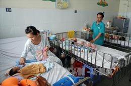Trẻ mắc bệnh gia tăng do thời tiết nắng nóng