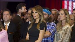 Người Mỹ rào rào ký tên đòi bà Melania vào Nhà Trắng