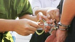 Bắt giam kẻ lừa đảo chiếm đoạt tài sản của các hộ dân tái định cư