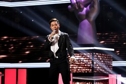 The Voice: Trần Tùng Anh và Hồng Ngọc hát Opera làm 'dậy sóng' tập cuối Đối đầu