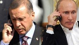 Tổng thống Nga, Thổ điện đàm về vụ 58 người chết vì khí độc ở Syria