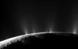 Công bố chấn động từ NASA: Mặt trăng sao Thổ có thể tồn tại sự sống