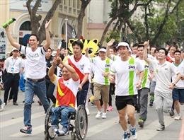1.600 nhân viên Herbalife Việt Nam tham gia chạy tiếp sức hưởng ứng SEA Games và Para Games2017