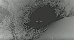 Khoảnh khắc 'bom mẹ' dội xuống đánh bay hang ổ IS tại Afghanistan