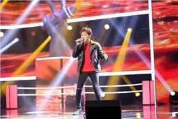 The Voice 2017: Anh Tú đi tiếp bằng hit của Phan Mạnh Quỳnh, Ngọc Kayla ghi dấu ấn trong lòng khán giả