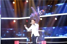 The Voice 2017: Anh Đức - trò cưng Thu Minh hát nhạc phim La La Land vững vàng và chuyên nghiệp