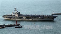 Tàu sân bay Mỹ Carl Vinson bị tàu Nga, Trung Quốc bám chặt