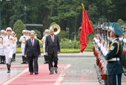 Thủ tướng Nguyễn Xuân Phúc đón, hội đàm với Thủ tướng Sri Lanka