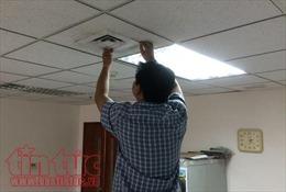 TP Hồ Chí Minh: Nắng nóng, thợ sửa máy lạnh... đuổi khách