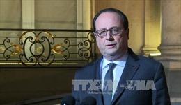 Tổng thống Pháp triệu tập họp quốc phòng sau vụ nổ súng ở Paris