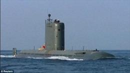 Triều Tiên cải tiến tàu ngầm 'Cá voi' có thể phóng nhiều tên lửa