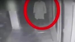 Truyền hình Pakistan đồn đoán hồn ma cựu tài tử Bollywood báo thù
