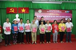 Agribank hỗ trợ hộ hội viên, nông dân nghèo năm 2017 tại TP Hồ Chí Minh