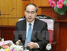 Chủ tịch Nguyễn Thiện Nhân gửi thư chúc mừng nhân dịp Đại lễ Phật đản 2017