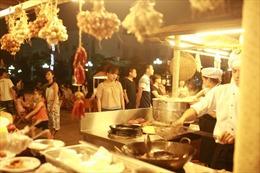 Chợ quê phố biển đón hàng ngàn lượt khách