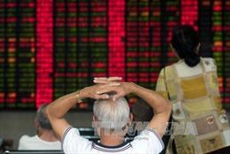 Chứng khoán Trung Quốc lao dốc, bốc hơi 560 tỷ USD