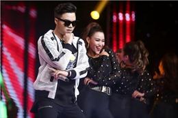 """The Voice 2017: Anh Đức từ 'cục đất' thành hotboy nhảy '""""Gangnam style'"""