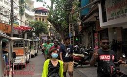 Vỉa hè Hà Nội: Thập thò tái lấn chiếm