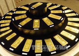 Giá vàng thế giới áp sát mức cao nhất trong hai tuần