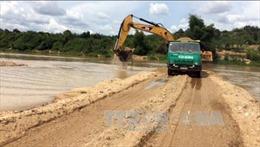 Kon Tum xử phạt, tước giấy phép doanh nghiệp ngăn sông khai thác cát