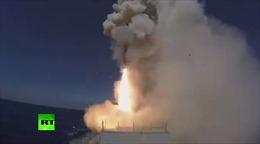 Xem tàu chiến Nga phóng tên lửa hành trình diệt IS tại Syria