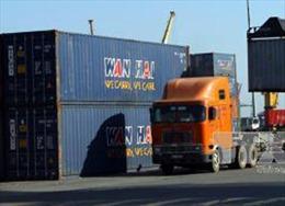 Hai thùng container trị giá 1,3 tỷ đồng bỗng nhiên 'bốc hơi'