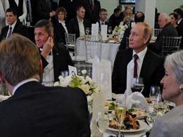 Tổng thống Nga Vladimir Putin tiết lộ chi tiết cuộc gặp với Tướng Flynn