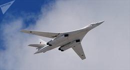 Máy bay ném bom chiến lược Nga tuần tra tại Biển Baltic