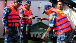Buôn lậu xăng dầu nóng ở những vùng biển giáp ranh giữa các nước