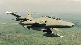 Malaysia phát hiện thi thể 2 phi công máy bay mất tích quấn trong dù