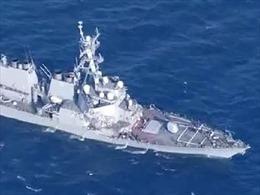 Tàu chiến Mỹ va chạm với tàu vận tải Philippines, 7 thủy thủ Mỹ mất tích