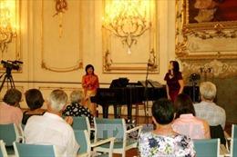 Thành công đưa tiếng Việt vào liên hoan âm nhạc lớn quốc tế tại CH Séc