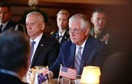 Khủng hoảng vùng Vịnh để lộ bất đồng giữa Nhà Trắng và Bộ Ngoại giao Mỹ?