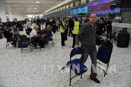 Anh: Sân bay Manchester phải sơ tán do phát hiện túi đồ khả nghi
