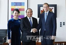 Thủ tướng Nguyễn Xuân Phúc gặp Thủ hiến bang kiêm Thị trưởng Berlin