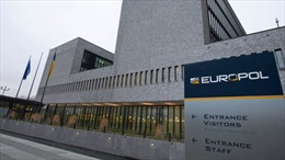 Châu Âu truy quét tội phạm buôn người