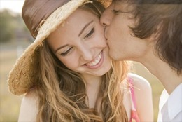 Những điều thú vị mới phát hiện về nụ hôn