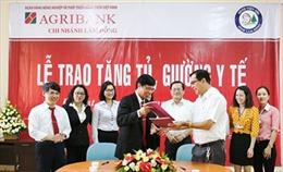 Agribank Lâm Đồng tặng 20 bộ tủ giường y tế cho Bệnh viện Nhi Lâm Đồng