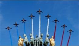 Hình ảnh ấn tượng trong lễ diễu binh hoành tráng mừng Quốc khánh Pháp