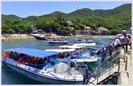 Khai thác bền vững tiềm năng du lịch biển đảo